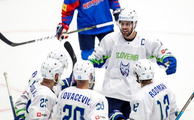 Slovenski hokejisti so se v prvi tretjini veselili vodstva s 3:1, v nadaljevanju pa tekmecem dopustili zasuk. FOTO: Matic Klanšek Velej/Sportida