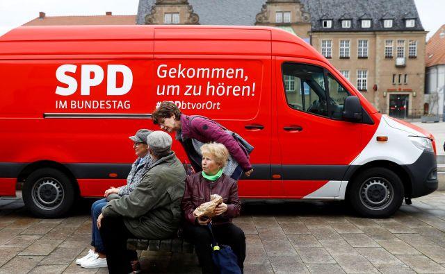 Novo vodstvo SPD kaže pripravljenost, da bi nagnili stranko bolj v levo. Vprašanje je le, koliko v levo. FOTO: Reuters