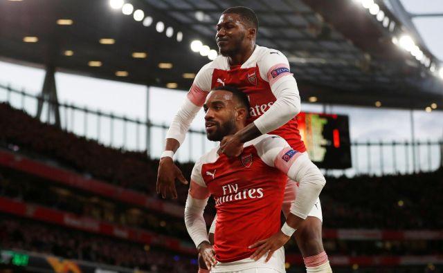 Nogometašem Arsenala se je zaključek sezone v domačem prvenstvu ponesrečil, vtis so popravili v evropski ligi. FOTO: Reuters