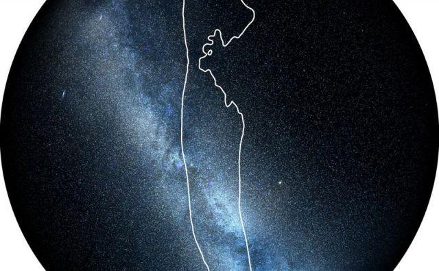 Obkroženo je območje, od koder je prišel šibek signal zlitja črne luknje in nevtronske zvezde. Območje so zožali na tri odstotke celotnega neba. FOTO: LIGO/Virgo/NASA/Leo Singer (Slika Rimske ceste: Axel Mellinger)