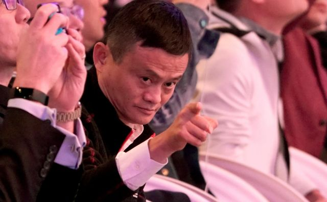 Alibaba Group co-founder and Executive Chairman Jack Ma gestures during Alibaba Group's 11.11 Singles' Day global shopping festival in Shanghai, China, November 11, 2018. REUTERS/Aly Song - RC147B1DE110 Foto Aly Song Reuters