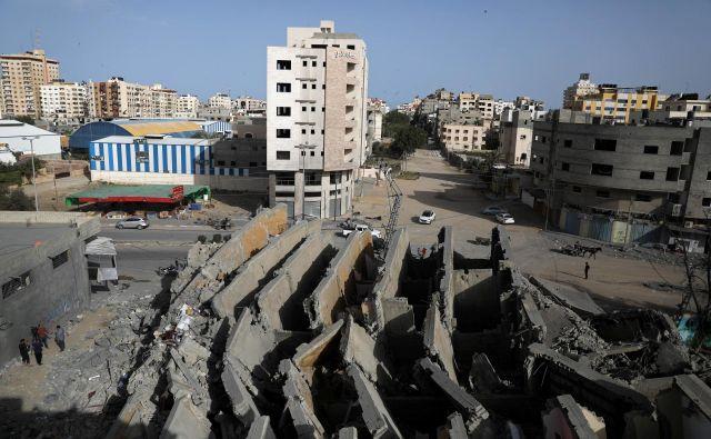 V Gazi še naprej zelo trpijo. FOTO: Reuters