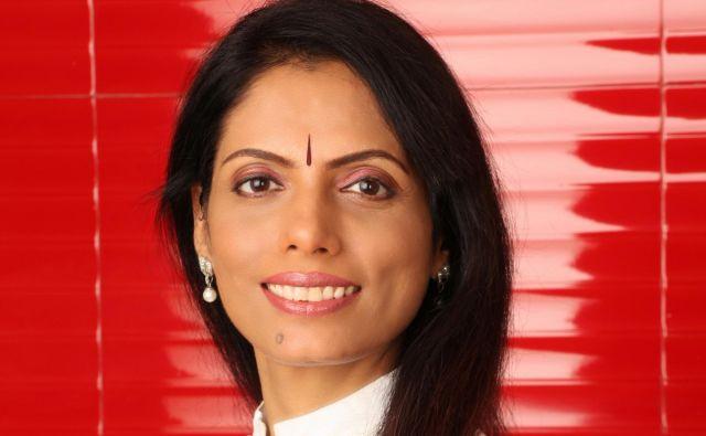 Dr. Smita Naram Foto Osebni Arhiv