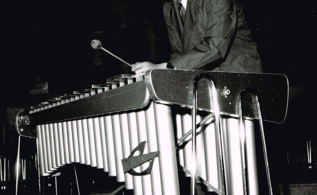 Jože Privšek je bil tudi priznan pianist in vibrafonist. Fotografiji RTVS