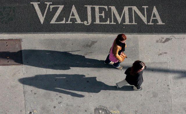 »Položnica Vzajemne je vsak mesec prva med vsemi – očitno delajo tudi med prazniki.« FOTO Roman Šipić