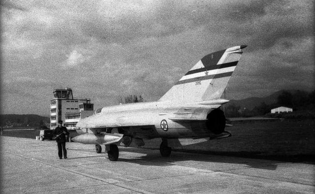 Fotografija letala iz časa, ko je prebežal v Avstrijo FOTO: Bobo