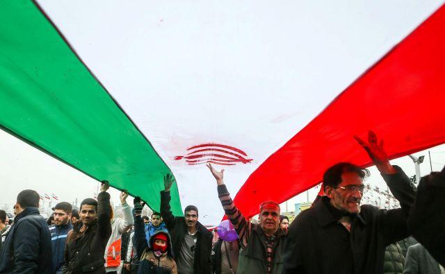 Po navedbah Mednarodne agencije za jedrsko energijo (IAEA) je Iran od januarja 2016 spoštoval sporazum in ni kršil nobenih določil sporazuma. FOTO: Reuters