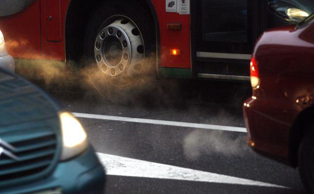 Večina članic EU je lani zmanjšala izpuste CO2. FOTO: Mavric Pivk/Delo