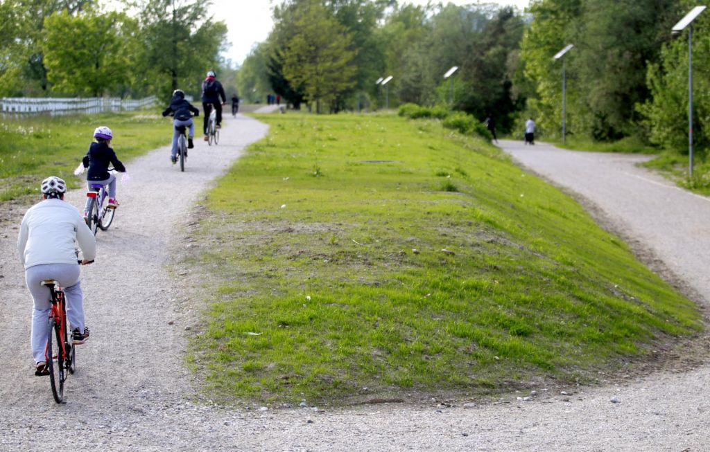 FOTO:Osrednji del poti ob Savi je spet urejen