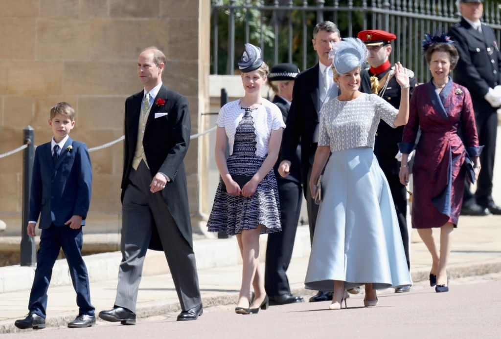 Obisk enajstega v vrsti za britansko krono