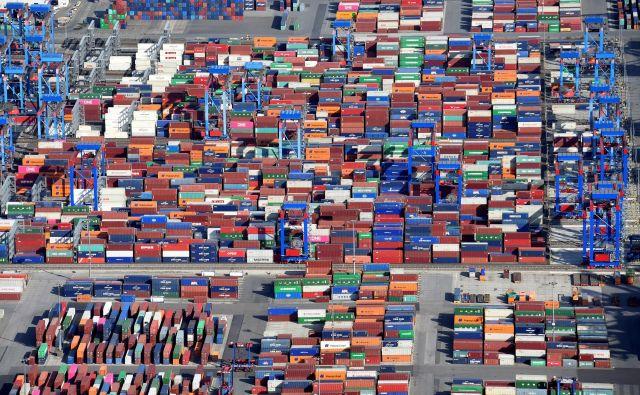 Čeprav je ozračje med nemškimi gospodarstveniki že skoraj leto dni precej klavrno, je vsaj marec postregel s pozitivno informacijo o rasti industrijske proizvodnje. FOTO: Reuters