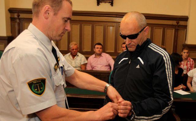 Igorja Bavdka so za uboj Tineta Resnika obsodili na 14 let zapora in pol, naročnika Draga Štera pa na pol leta manj. FOTO: Dejan Javornik