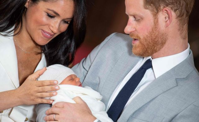 Meghan in Harry ter njun Archie Foto AFP