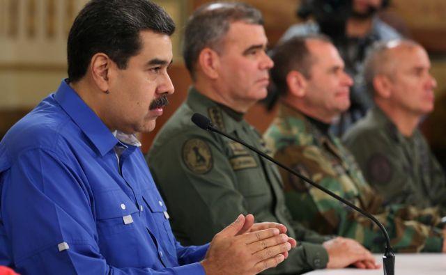Sankcije zadevajo obrambni in varnostni sektor, ker Maduro s svojim režimom zaostruje zatiranje zagovornikov demokracije v Venezueli. FOTO: Reuters