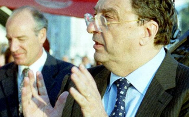 Gianni De Michelis je bil vodja italijanske diplomacije v ključnih trenutkih osamosvojitvene vojne in občutljivega obdobja po njej ter tudi v trenutku , ko je Italija sprejela odločitev, da 14. januarja 1992 prizna samostojno Slovenijo. FOTO: Boris Šuligoj