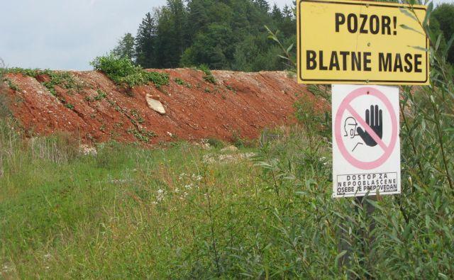 V opuščenih Termitovih peskokopih v Drtiji so nevarni odpadki, še naprej trdijo v moravški občini in v civilni iniciativi. FOTO: Janez Petkovšek