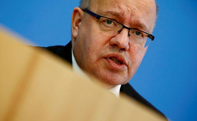 Nemški minister Peter Altmaier bo moral napisati novo industrijsko politiko za nemško industrijo. Foto Reuters