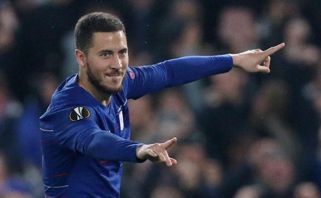 Eden Hazard je v Chesleajevem dresu osvojil dva naslova angleškega prvaka in tudi evropsko ligo. FOTO: Reuters