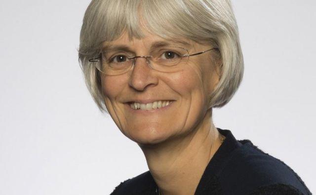 Ann Slee: Kar zadeva uvedbo elektronskega predpisovanja, smo trenutno v bolnišnicah nekje na polovici. Foto osebni arhiv