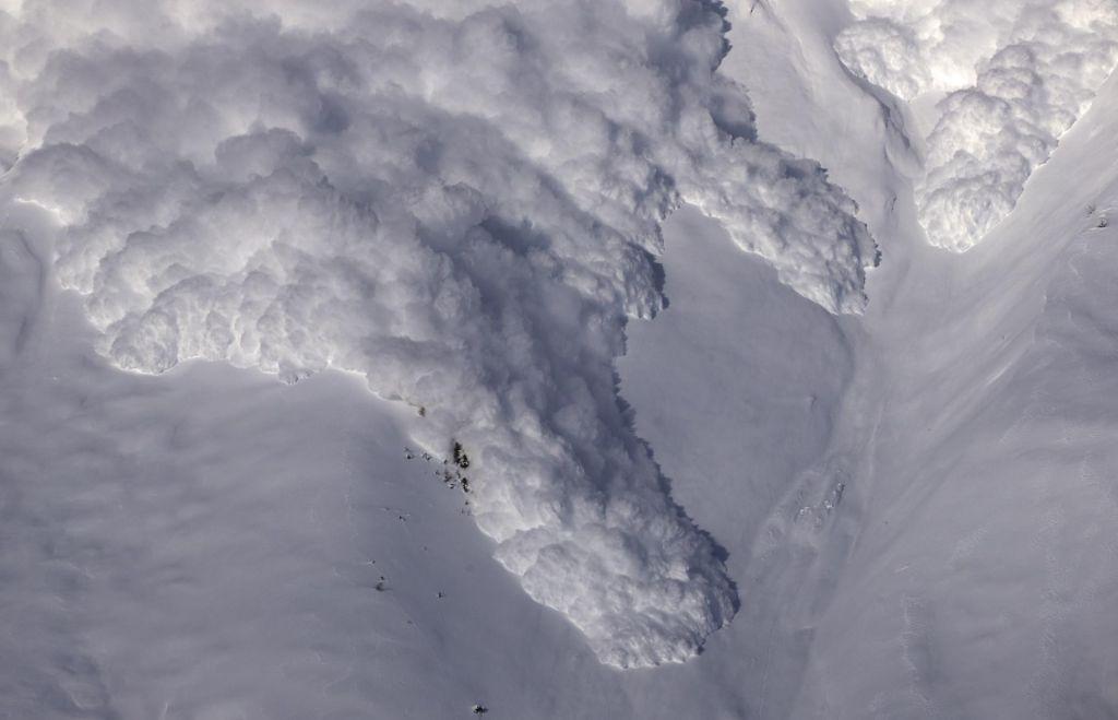 Nevarnost snežnih plazov