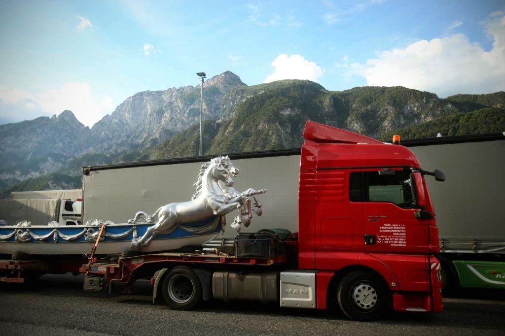 Z junijem omejitev tranzitnega tovornega prometa v severovzhodni Sloveniji