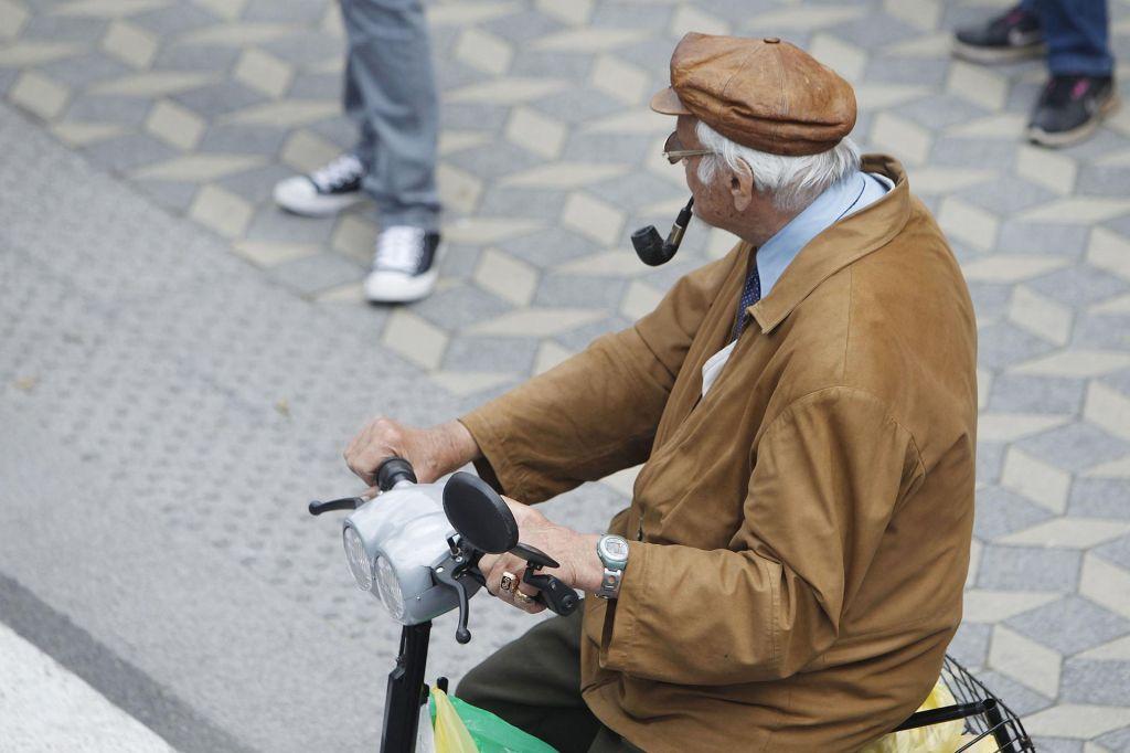 Edina rešitev za spodobne pokojnine je zvišanje upokojitvene starosti