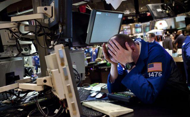 Tveganje po definiciji ostaja nepredvidljivo, zato se vlagatelji ne bodo mogli izogniti stresu. Foto Reuters