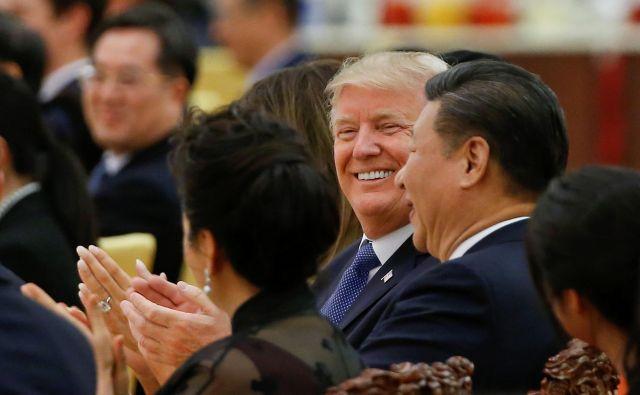 Usoda trgovinskega sporazuma je v rokah Trumpa in Xija. FOTO: Reuters
