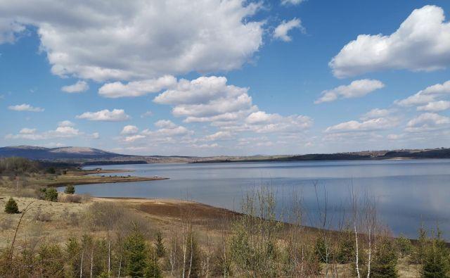 Vlasinsko jezero v južni Srbiji. Foto Milena Zupanič