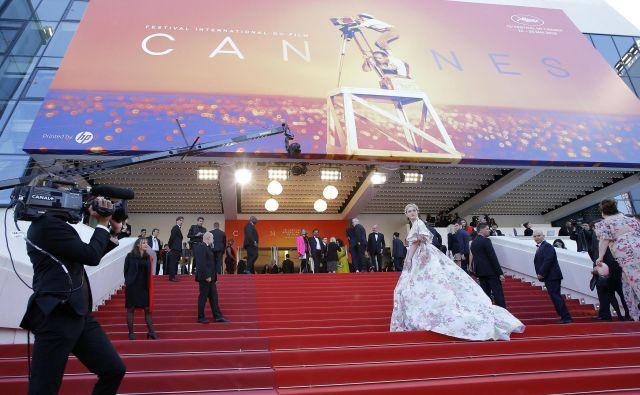 Največji zvezdniki se sprehodijo po znamenitih stopnicah, ki vodijo do canske filmske palače.<br /> Foto Reuters