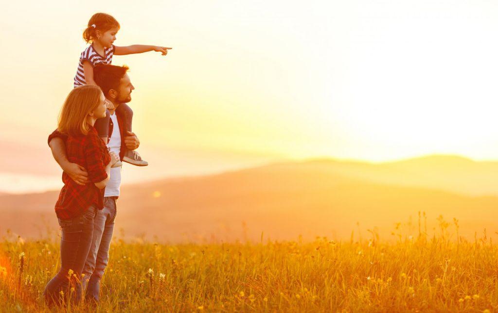 Najmlajši starši so stari 15 let, najstarejši otroci 80 let