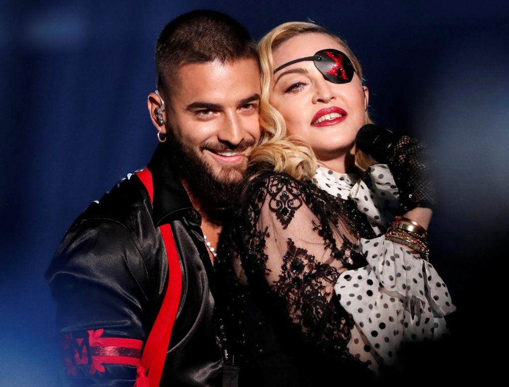 Madonna se ne bo uklonila političnim interesom