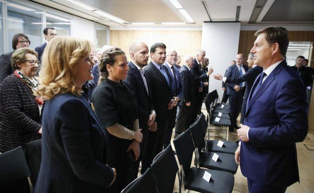 Slovenija mora širiti gospodarske dejavnosti na druge celine, je prepričan zunanji minister Miro Cerar. Fotografije Uroš Hočevar