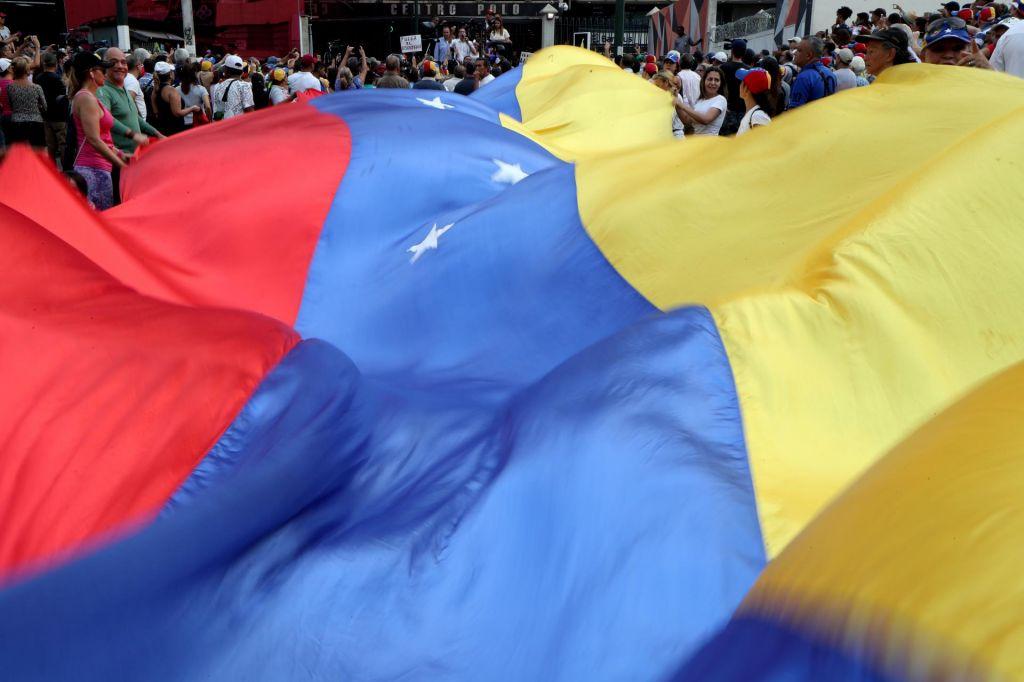 Sedemnajst Venezuelcev zaprosilo Slovenijo za repatriacijo