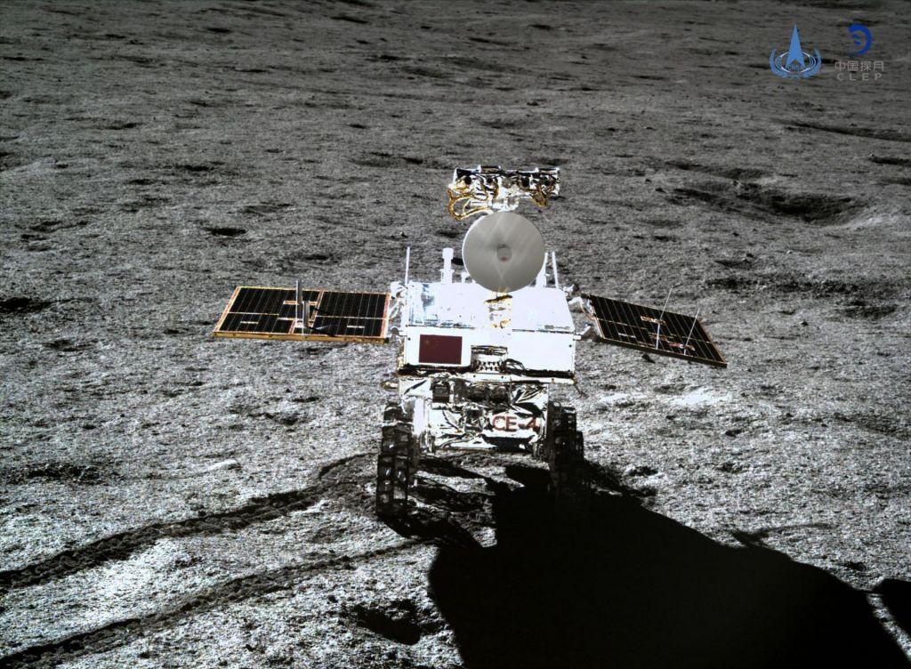 Kitajski žadasti zajec razkriva skrivnosti nevidne strani Lune