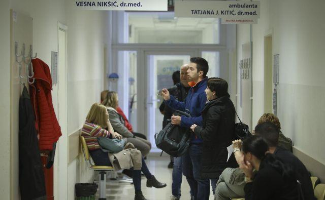 Kranjski zdravniki so si odpovedni rok podaljšali do 15. septembra. FOTO: Jože Suhadolnik/Delo