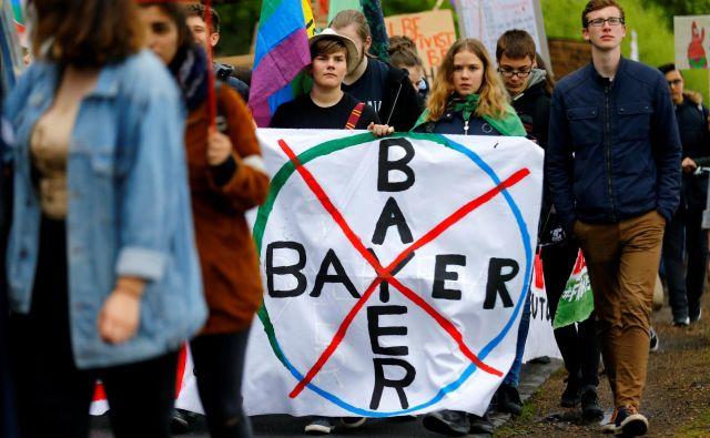 Mnogi zagovorniki varstva okolja v Nemčiji so Bayerjevemu prevzemu Monsanta nasprotovali z demonstracijami.<br /> FOTO: Reuters