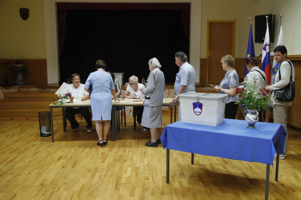 FOTO:Kateri stranki pred finišem volitev kaže najbolje?
