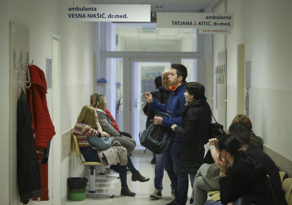 Kranjski družinski zdravniki podaljšali odpovedni rok