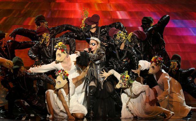 Zadnji večer Evrovizije je popestrila ameriška zvezdnica Madonna, ki je z EBU tik pred zdajci podpisala pogodbo za nastop. FOTO: Handout Reuters