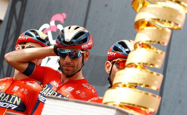 Vincenzo Nibali lahko po kronometru spet bolj optimistično pogleduje proti pokalu, ki ga je dvakrat že dvignil v zrak. FOTO: AFP