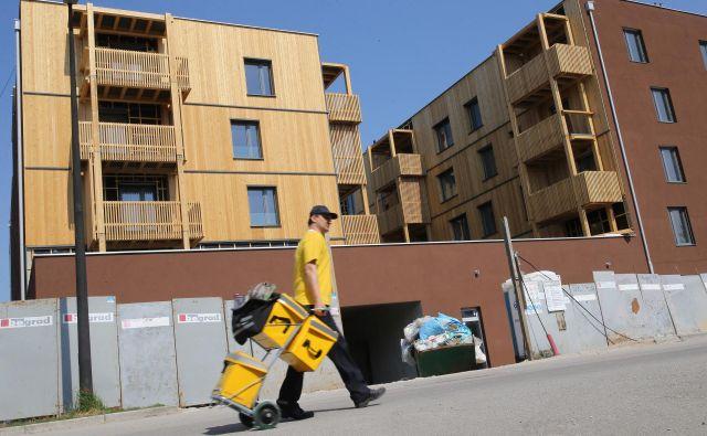 Sklad bo z dokapitalizacijo in zadolževanjem poskrbel še za okoli 1500 novih najemnih stanovanj. FOTO Tomi Lombar/Delo