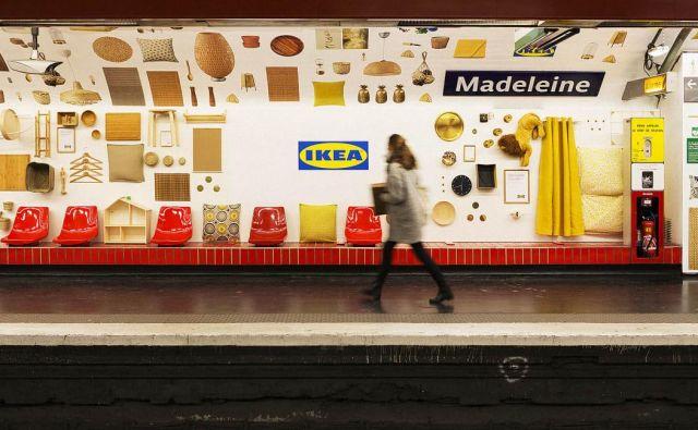 Ikeini aranžerji so postajo podzemne železnice spremenili v neverjeten bazar svojih značilnih produktov. Foto: Ikea