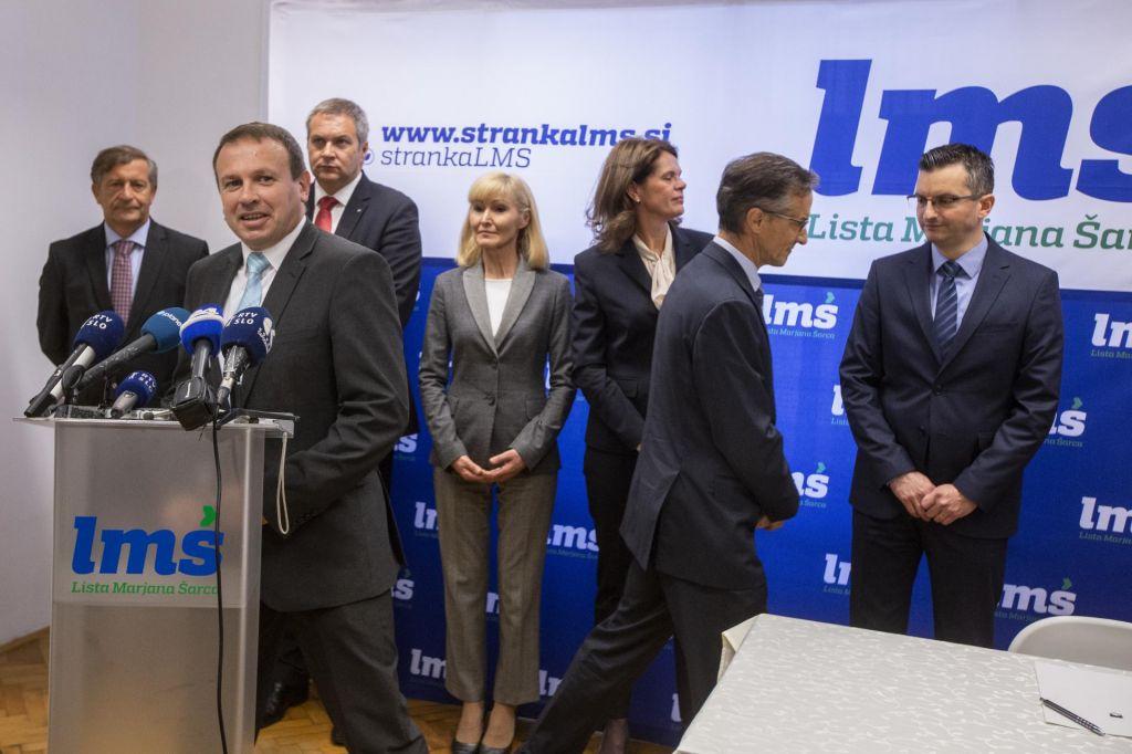 Horváth ni odstopil z mesta predsednika narodne skupnosti. Bo ob poslanski mandat?