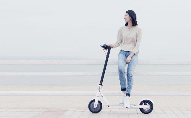 Električni skiro je vedno bolj popularno prevozno sredstvo. Foto: Big Bang