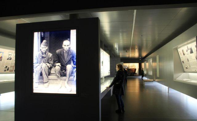 ◀ Spominski center ne govori le o grozotah koncentracijskih taborišč, opozarja tudi na etiko v znanosti in tehnologiji.<br /> Fotografije Simona Fajfar