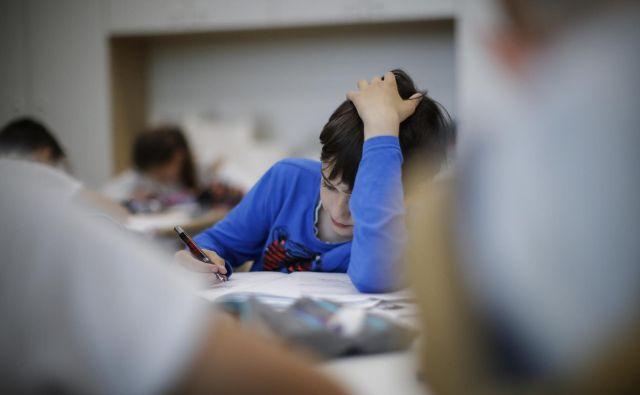 Deklice in dečki različno izražajo znake stresa. FOTO: Uroš Hočevar/Delo