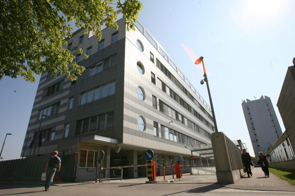 Prvič javno objavljena prosta delovna mesta v Sovi