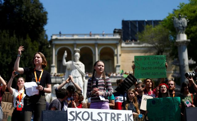 Malada švedska okoljska aktivistka Greta Thunberg je prebudila svoje vrstnike. FOTO: Reuters