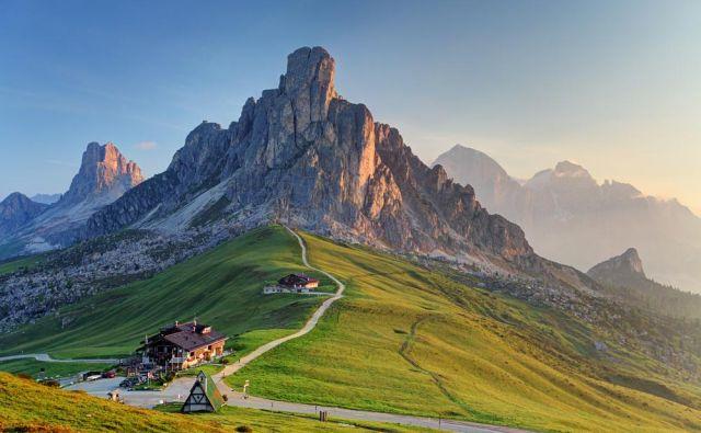 Evropa je čudovita celina s prijaznimi ljudmi in prelepo naravo, je v spisu zapisala učenka Eva Žunkovič. FOTO: Shutterstock
